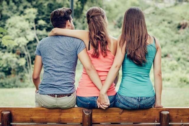 やばい!合コンで友達と気になる人が被ってしまったときの対処法!
