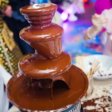 MiUの特製チョコレートファウンテン