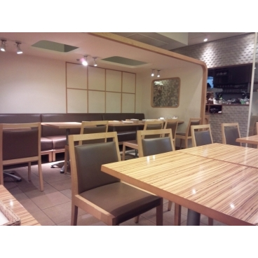 MOTHER LEAF(マザーリーフ)横浜スカイビル店