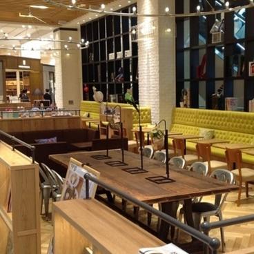 café & books bibliotheque 熊本・鶴屋(カフェ&ブックス ビブリオテーク)