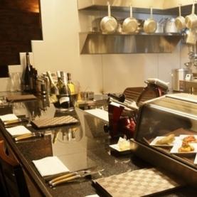 Taverna Mezzanotte (タヴェルナメッザノッテ)