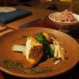 ナラマチ ホステル&レストラン (NARAMACHI HOSTEL & RESTAURANT)