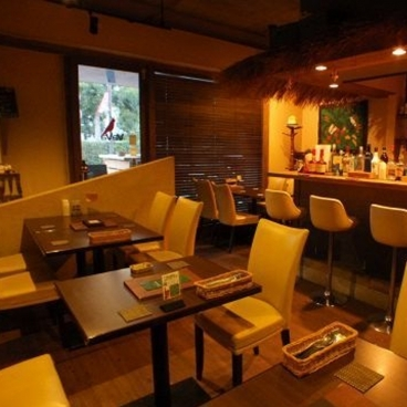 Vava Resort Cafe (ババリゾートカフェ)