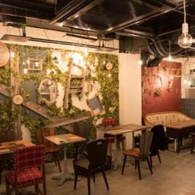 ブリキボタン CAFE&DINING -カフェ&ダイニング- 新宿店
