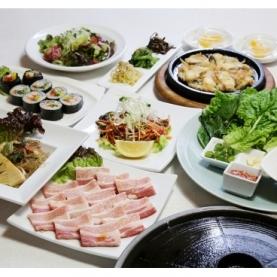 SEOUL DINING ワンス クレフィ三宮店