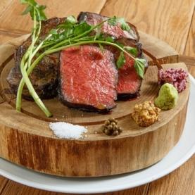 肉ビストロ灯 新宿店