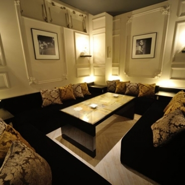 Oriental Lounge Sendai 仙台 EVE+ (オリエンタルラウンジ イブ)